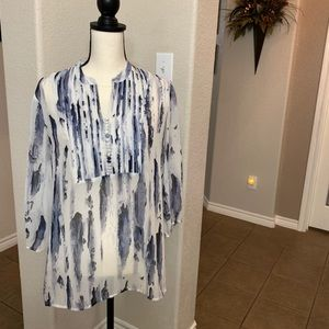 Chico's blue watercolor print sheer 3/4 sleeve top